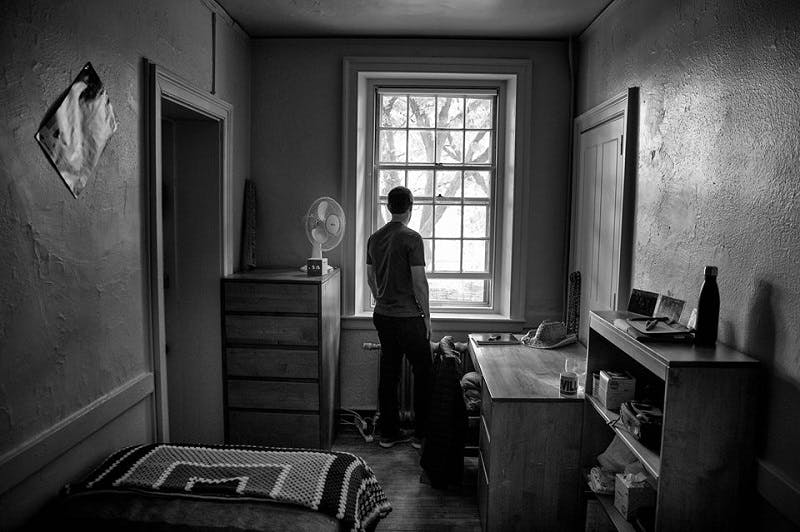 mark zuckerberg in his dorm room มาร์ค ซัคเคอร์เบิร์ก